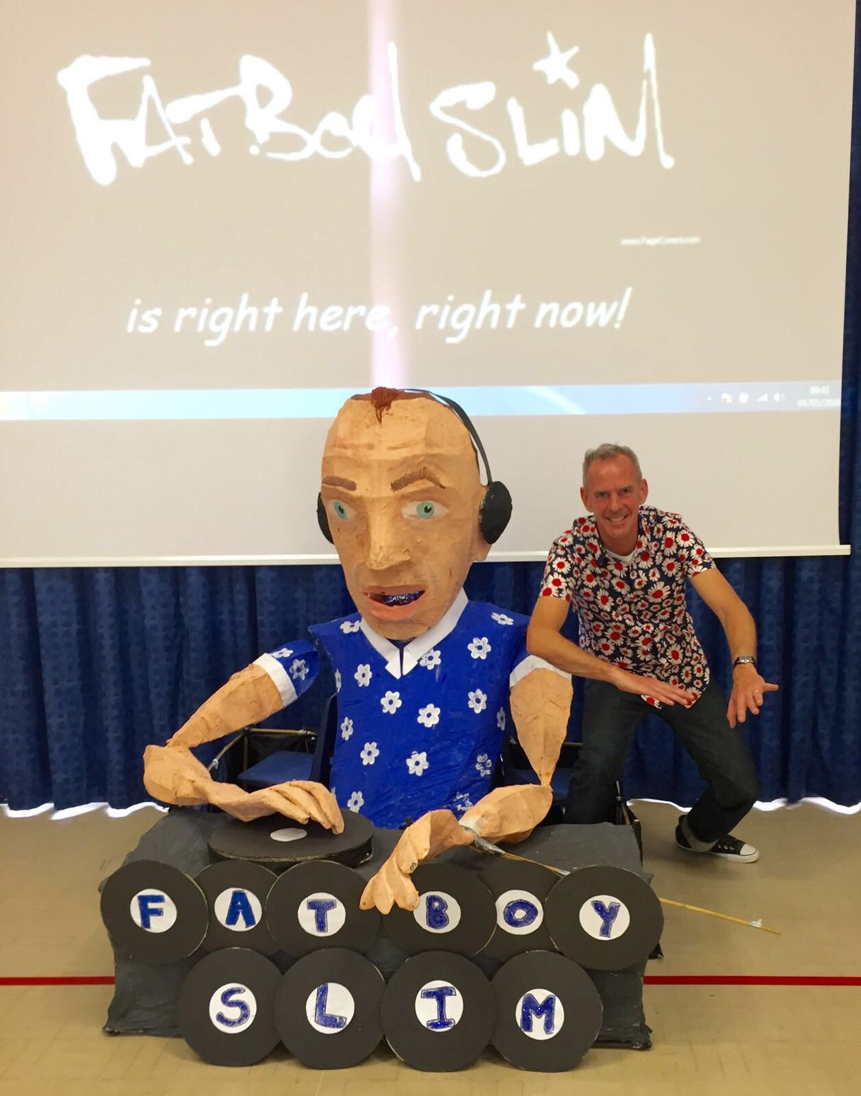 RT @FatboySlim: Chuffed to bits that meridian school made this for the @brightfest kids parade this Saturday #BrightonCelebrates 🙂🙂🙂 https:…