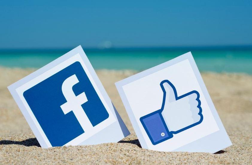 Cancellazione dei messaggi in automatico su Facebook