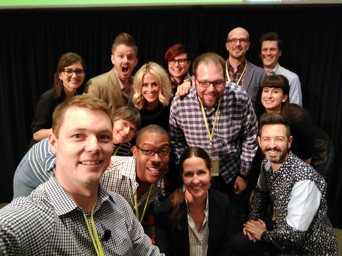 #Searchlove speaker selfie! Success! https://t.co/Rh0UdWU0kz
