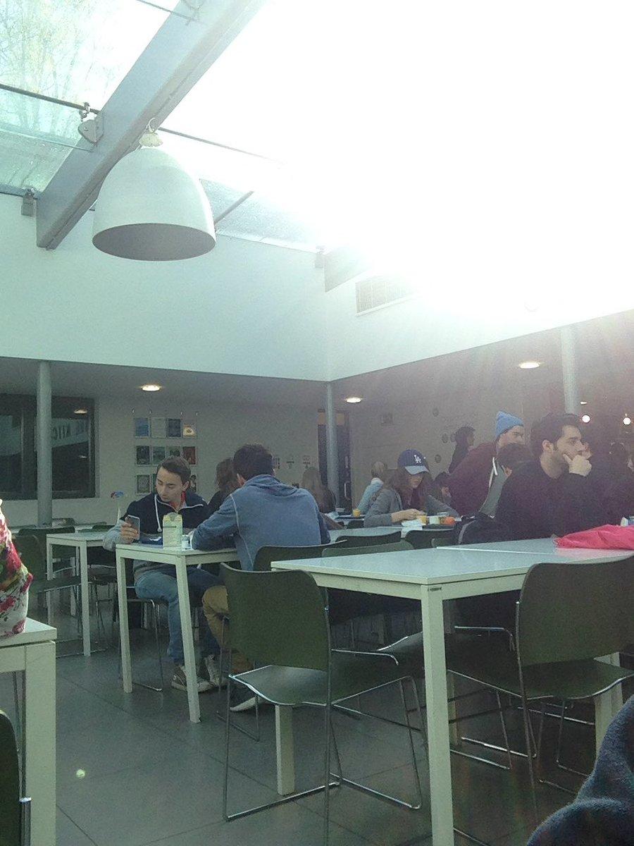 #sunny #breakfast #efoxford https://t.co/W5AmFUvigc