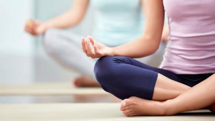 Is yoga the cure-all exercise? Asthma and 5 other conditions yoga can help https://t.co/0DqG8Mr3GD #iyengar #yoga https://t.co/ZRRGp7kk94