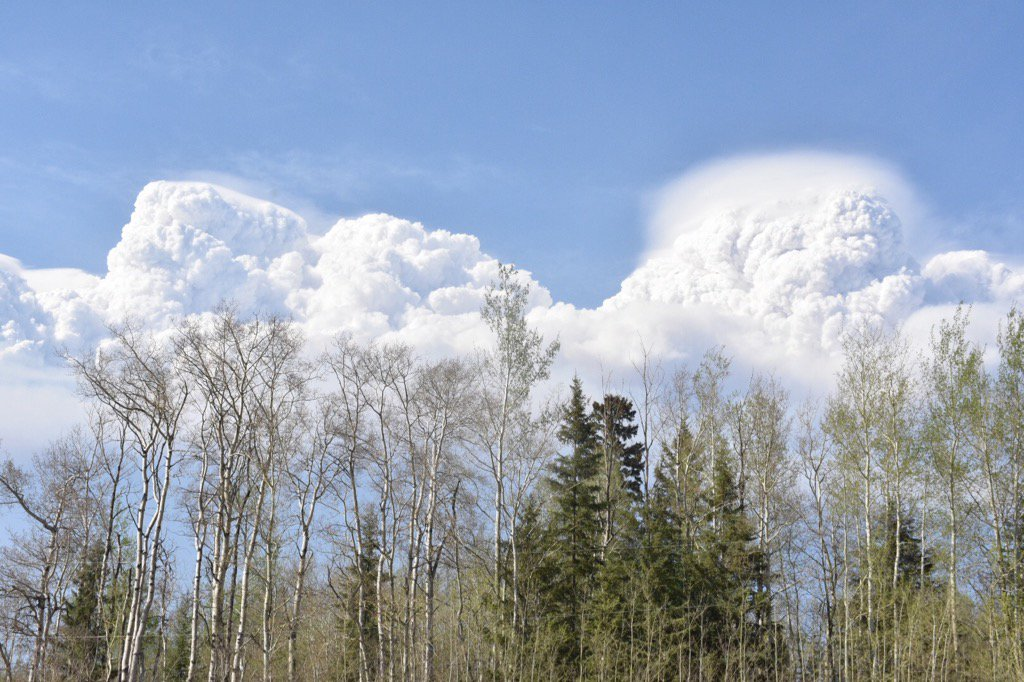 Smoke cloud from ymmfire hangs over Anzac, south of Fort McMurray. cbc