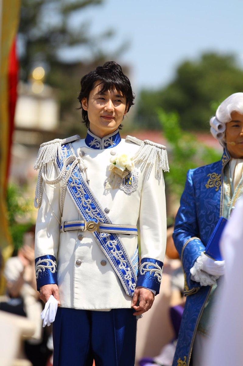 姫を見つめ…待つ王子…(๑✧◡✧๑)  優しいお顔ですね