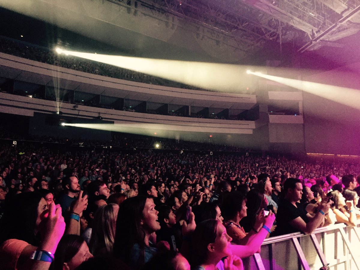 This is what sold out looks like! Thank you @PTXofficial @UsTheDuo  Come back soon! https://t.co/FHWXlU5Psg