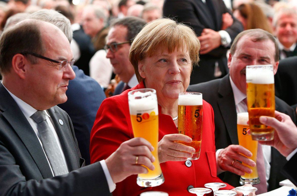 """Hold my beer while I create an EU army, let in 1 million migrants & fast-track EU membership for Turkey"" #VoteLeave https://t.co/5lTZPNjE6O"