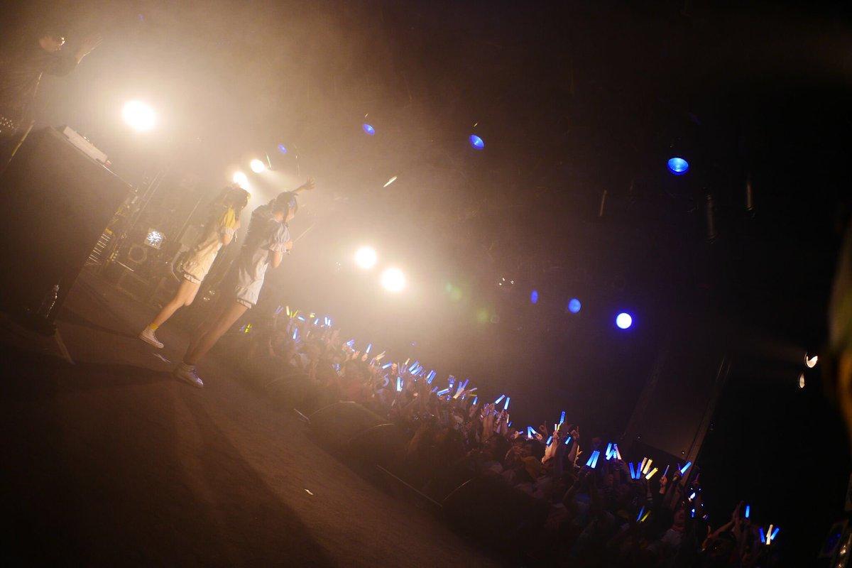 """【こどもの日だもん!】in渋谷クアトロにて、ニァピン出演してきました!楽しんでくださった皆様ありがとうございました!!結成して5ヶ月ぶりのライブ、初外部、新曲と、ド緊張の張でした!!もっともっと""""ニァピン""""活動していくど!🐱💛💙🐼"""