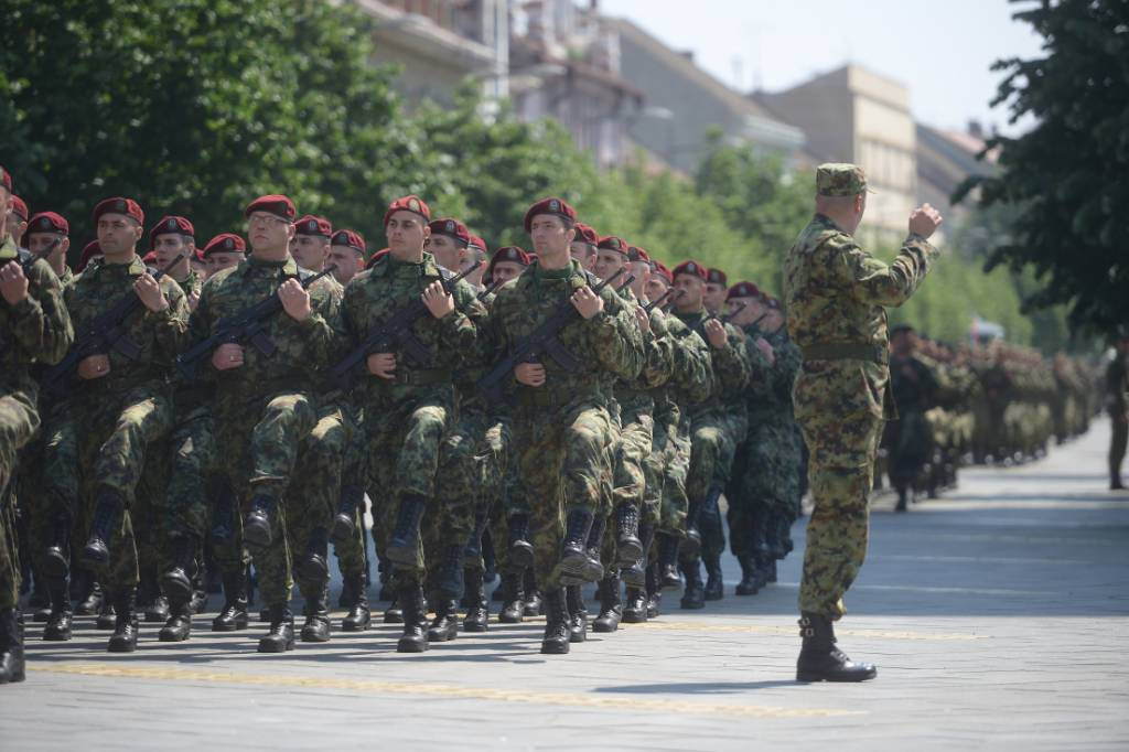 Serbian army multimedia - Page 9 ChsqywkWkAAHtO4