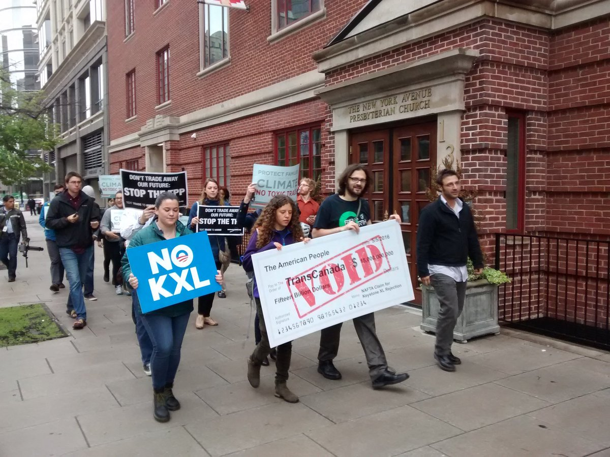 A green economy is what we need, but TPP spells corporate greed. #NoKXL #NoTPP https://t.co/Bsd1AnnN85