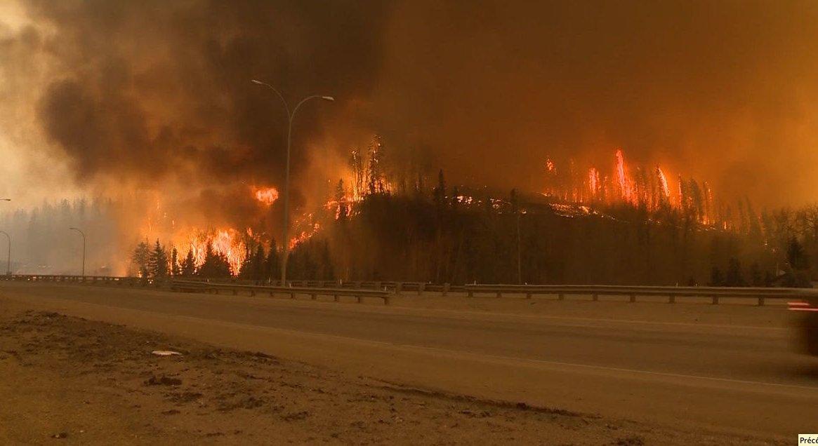 Le feu de forêt à FortMcMurray en 52 photos