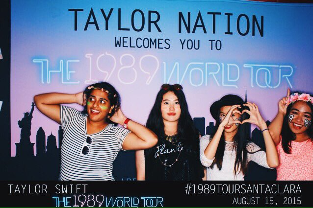 @taylornation13 seems like it was forever ago, but feels like it was yesterday ❤️ #1YearSince1989WorldTour https://t.co/Fhx3UKezXy