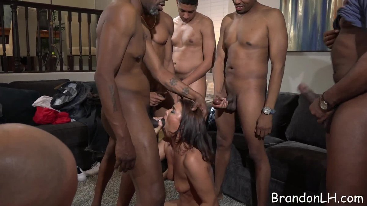 Velvet swingers club back yard meeting real amateur orgy - 1 part 3