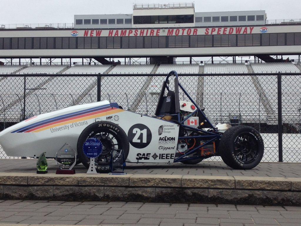 @UVicHybridTeam takes 1st @Formula_Hybrid #FormulaHybrid16 @NHMS https://t.co/ClwVQxBH3Y