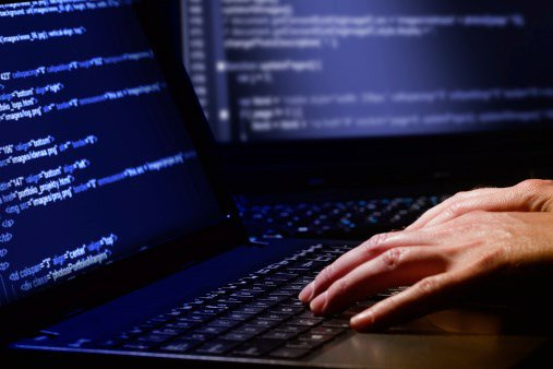 Report: Hackers steal Yahoo, Gmail passwords