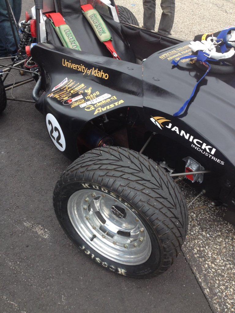 @uidaho @IdahoGives see what @Formula_Hybrid @VandalRacing is achieving #FormulaHybrid16 https://t.co/EMo9QpeUMv