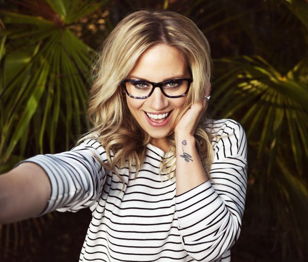 RT @Kidscape: Mum @KimberlyKWyatt has teamed up w @Specsavers for #SWOTY - if you wear glasses enter now! https://t.co/5Kh5kad67v https://t…