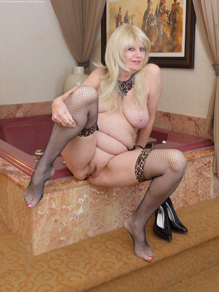 Wonderful milf with big boobs in hardcore sex 1