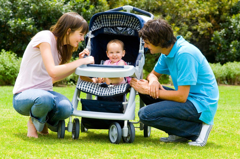 Картинки с коляской и детьми, подруге