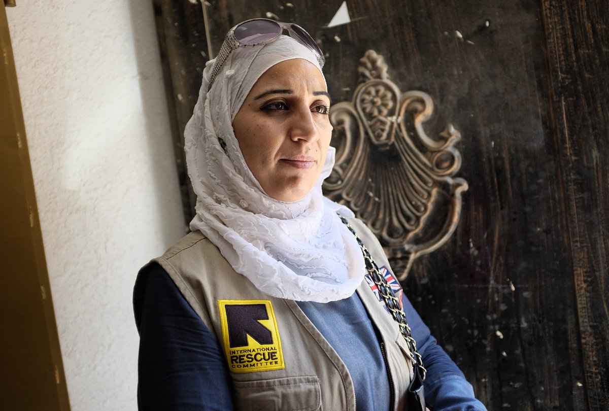 How one Syrian refugee mother is healing herself by helping others with the IRC in Jordan: https://t.co/IDU8kGZ72M https://t.co/ui2KfF7hYA