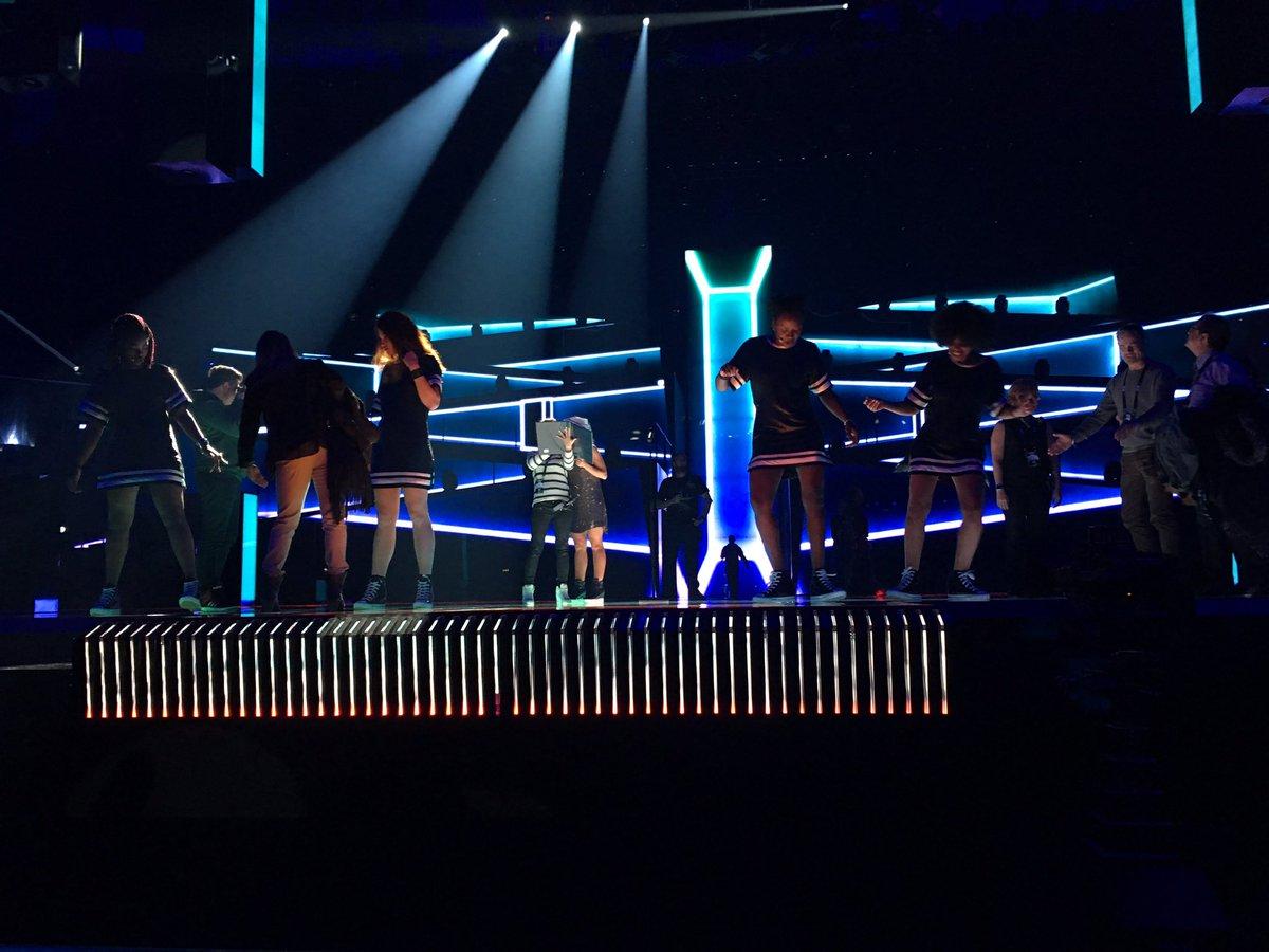 Barei realiza primer ensayo en el escenario de Eurovisión -11