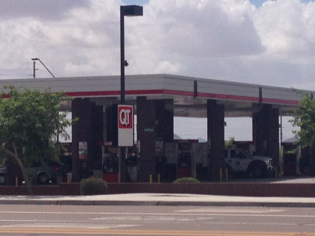 Gas mixup at Buckeye QT causes problems for drivers. Diesel fuel was put into unleaded tanks Fox10Phoenix