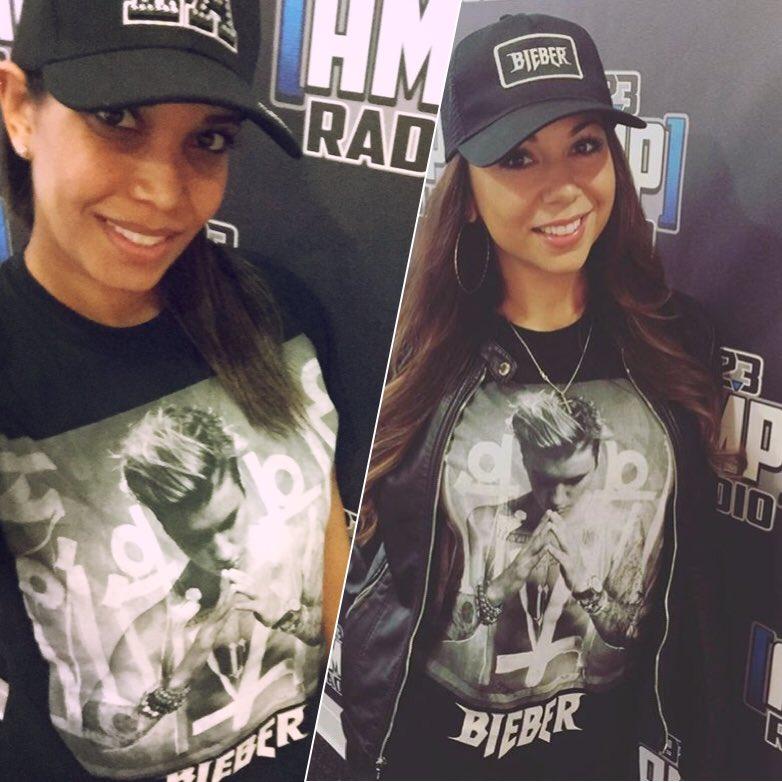 My girl @ninaontheair & I are #twinning today with our @justinbieber shirts! #belieber #beliebers #Biebs #bieber https://t.co/G11QrDBSTq
