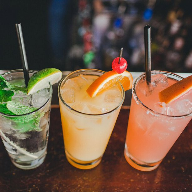 Happy Friday! Start your weekend EARLY with our #DrinkExchange from 12 to 8PM. Time to start celebrating #SanDiego! https://t.co/8hY3Lm7F2X