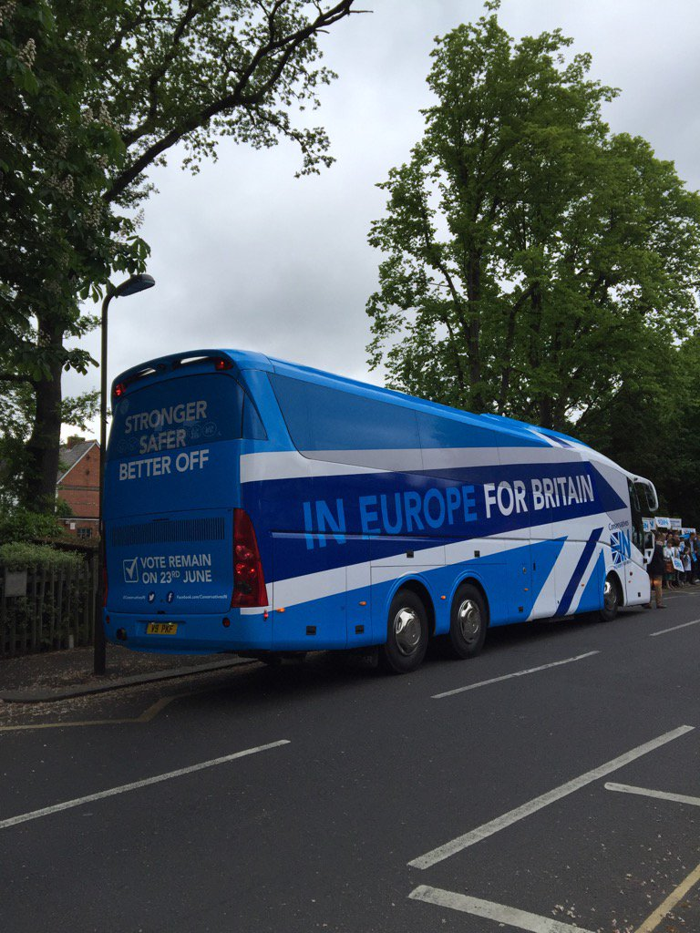 In Europe For Britain - the battle bus takes to the road ... #StrongerIN #EUref https://t.co/TpImWBWgQ1