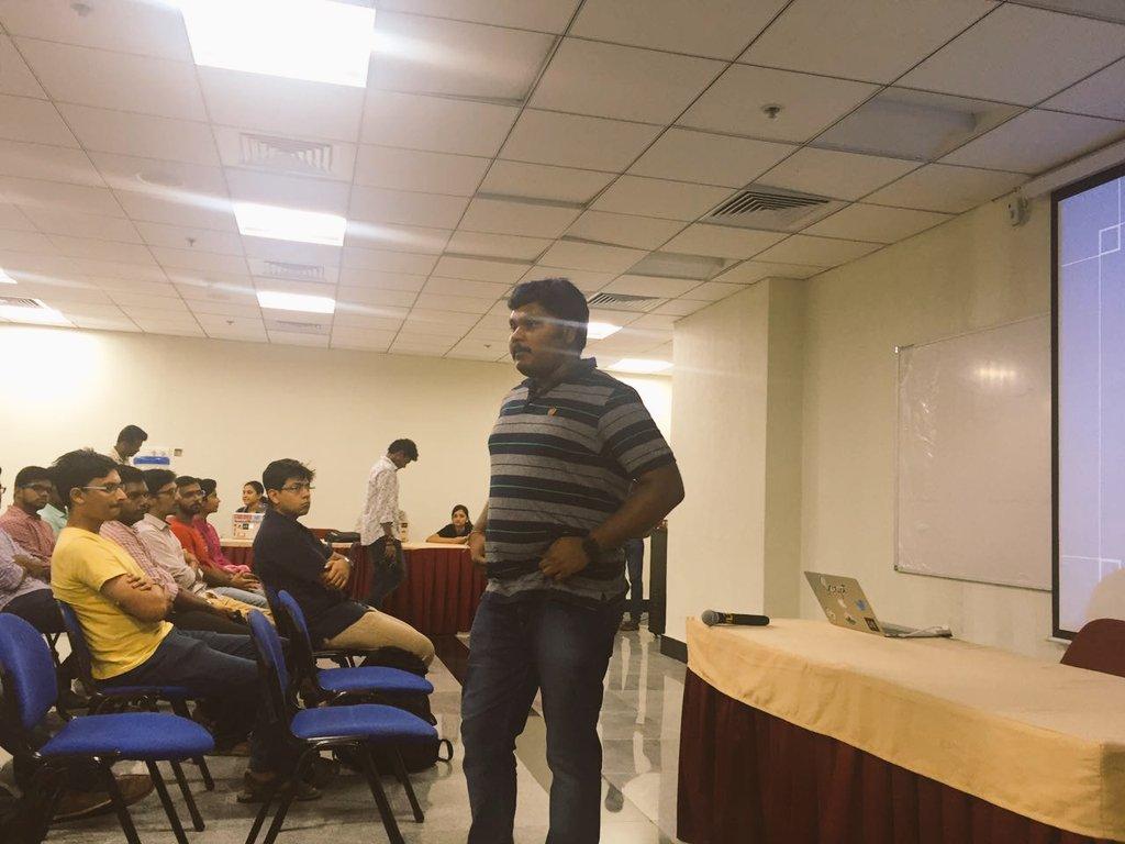 We just kickstarted the #GoogleIO2016 extended sessions with @ImKarthikK of @SkcriptHQ ! https://t.co/G88J60bsBB