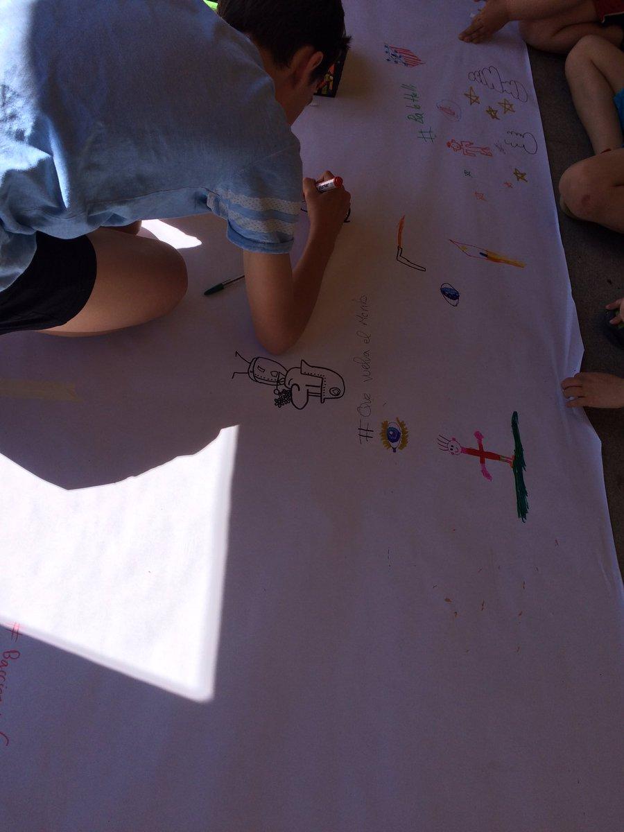 En #EDUconspira también los niños se pasan a #dibujamelas https://t.co/xPnu2IVI0e