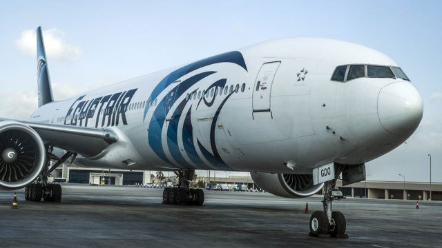 Search crews locate black boxes for EgyptAir Flight 804