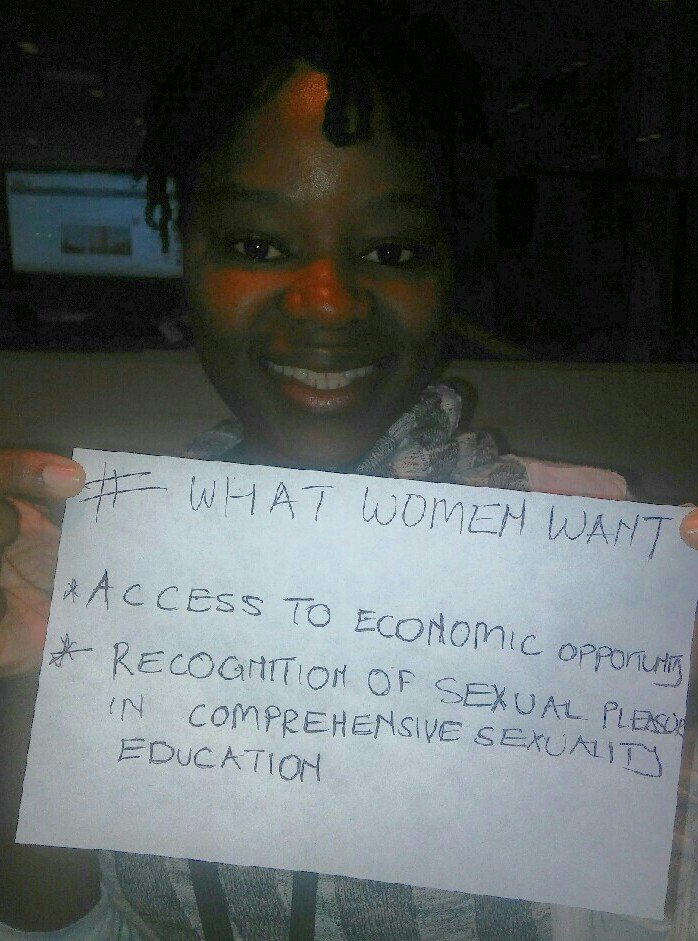 @NetworkAthena in #WhatWomenWant talks about access 2 economic opportunity & pleasure in  #CSE #HLM2016AIDS @UNAIDS https://t.co/yySnBNfmSx