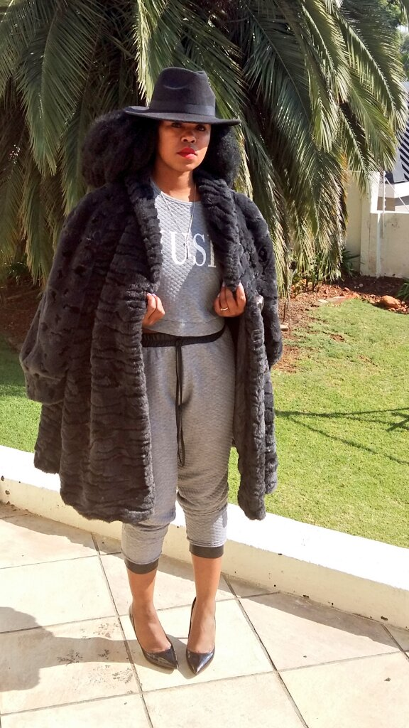 Tracksuit and heels,  #ZaharaArmy #countryGirl LABEL coming up soon, you shall catch up... https://t.co/FztAbxcsp6
