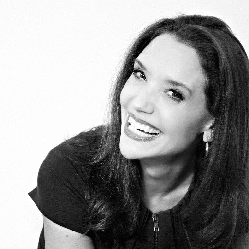 """""""Your brand is how the world sees you"""" - Sally Hogshead #HOWLive https://t.co/MWDgn6VYSP"""