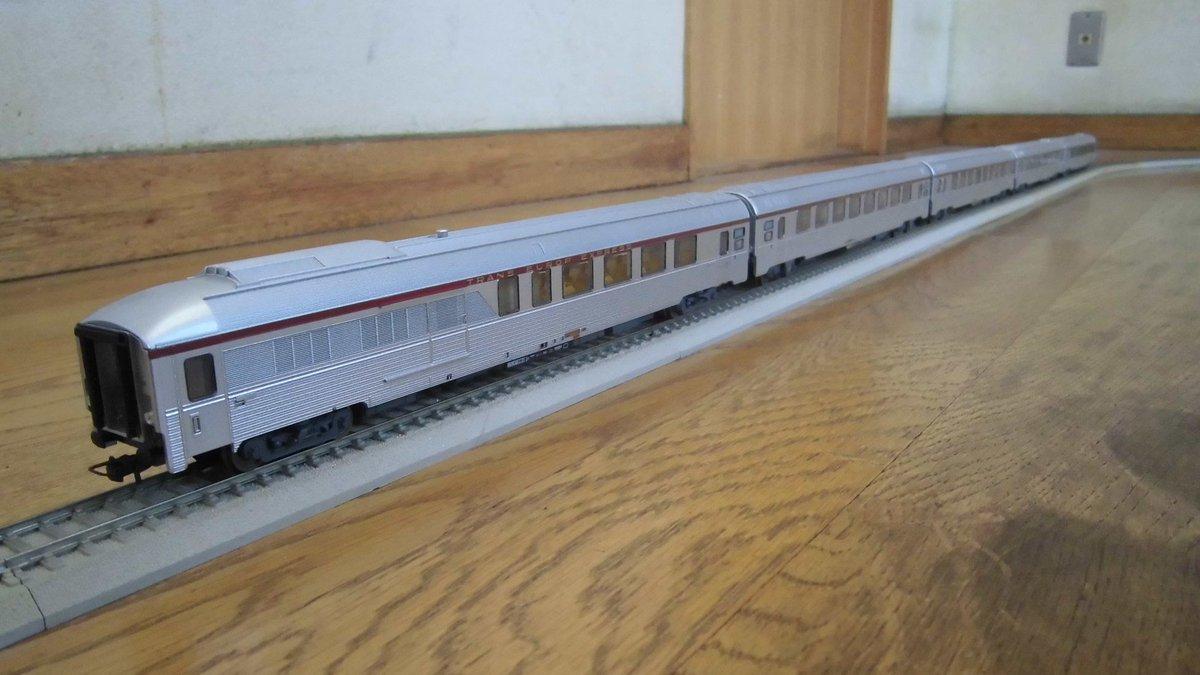 くろねこ@鉄道とか模型はこちら...