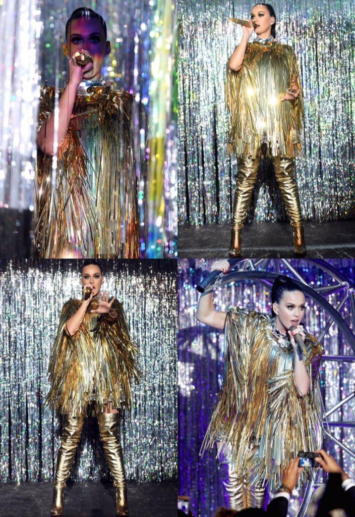 Katy Perry - Página 4 Ci24zsUVEAABkQr