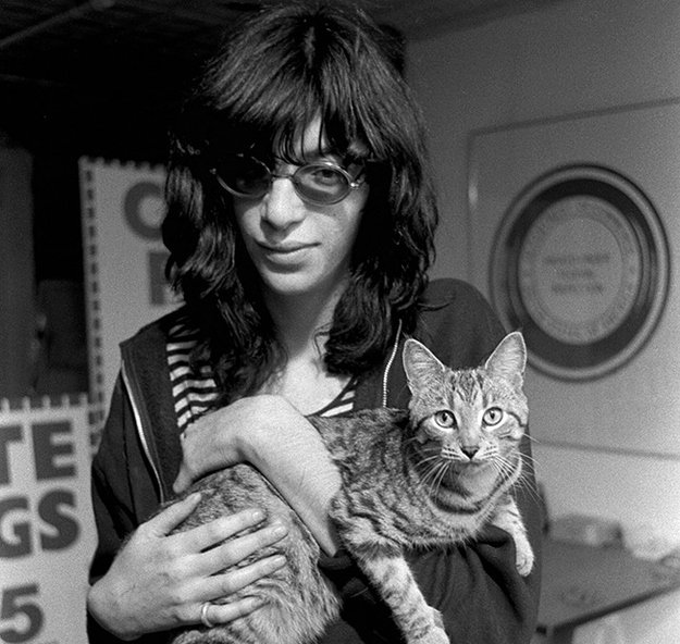 """Nobody picked up guns in those days.  You put on music. It made you feel great.""-Joey Ramone @RamonesOfficial #kexp https://t.co/dxAIWNoOsw"