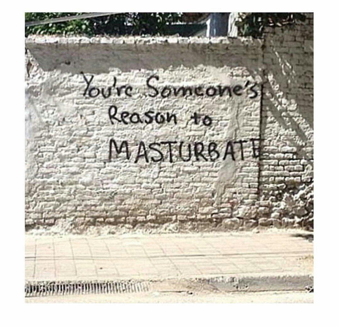 Pintadas, grafittis y otras mierdas del arte hurvano ese. - Página 3 Ci2lal7WEAAC8Ev
