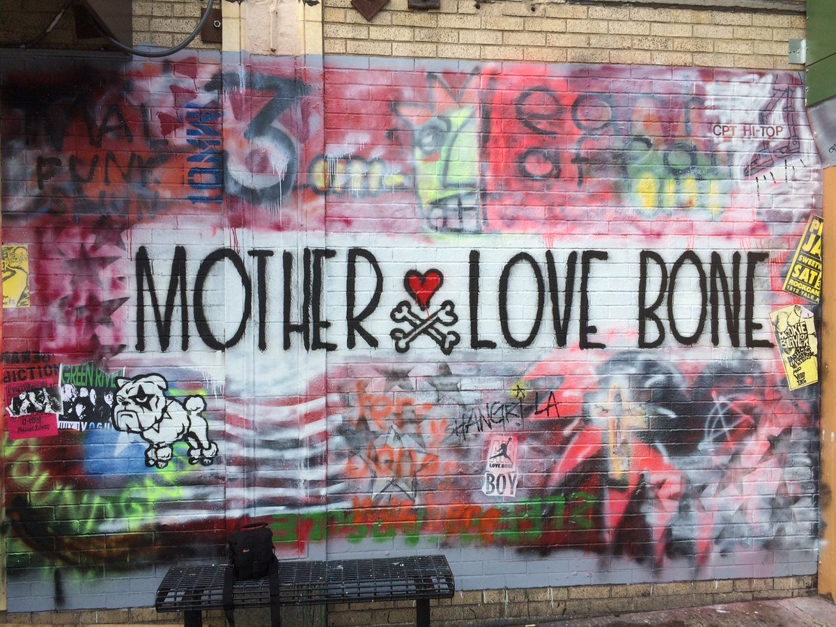 And the result! Thanks, Jeff! #MotherLoveBone @JeffAmentsArmy @PearlJam #GreenRiver #DerangedDiction https://t.co/GsY5tM2S7v