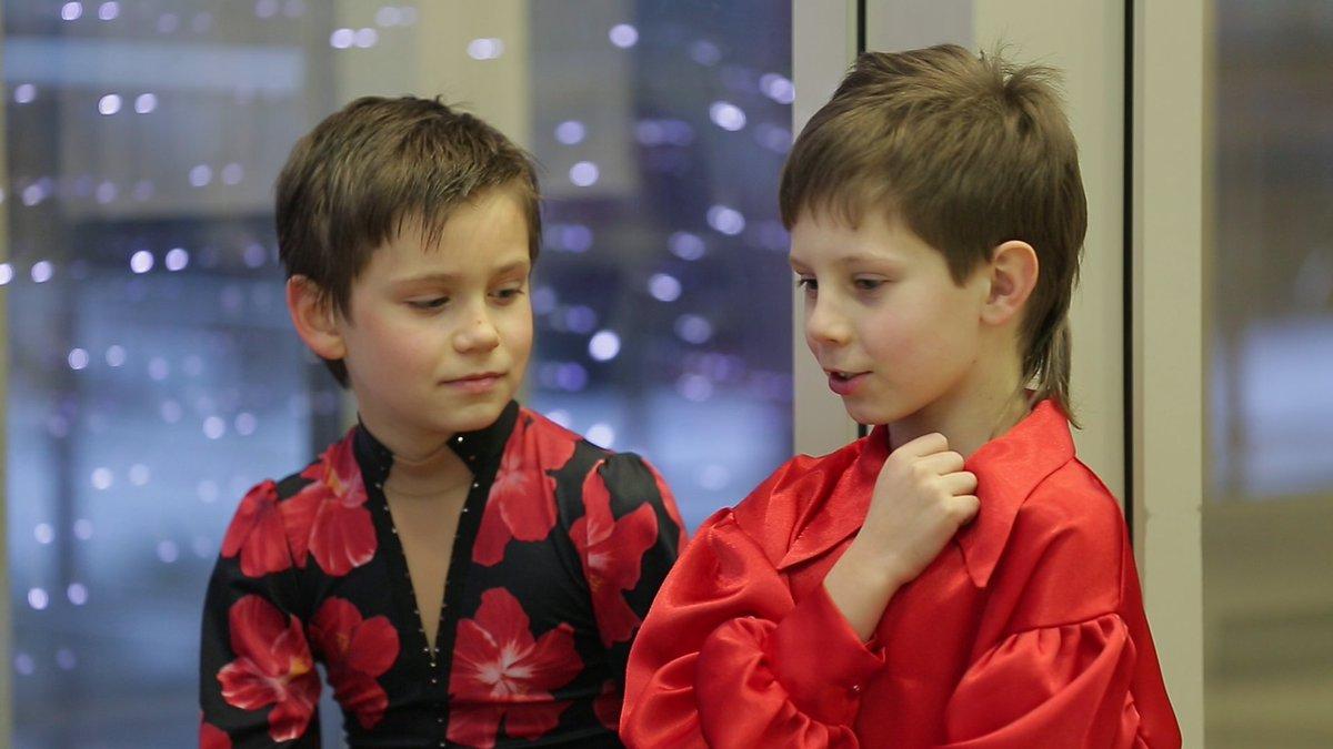 Телешоу «Дети на льду. Звезды» - Страница 2 Ci48TyTUYAAl0Xn