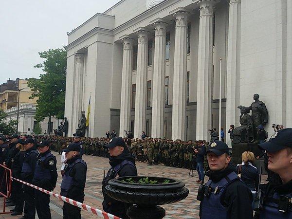 """Грубых правонарушений во время марша """"Азова"""" не было, - Шкиряк - Цензор.НЕТ 4181"""