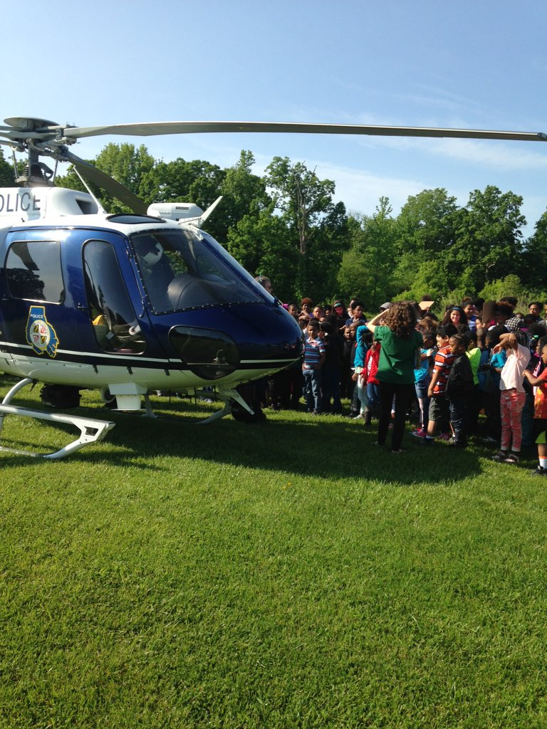 #careerday @DeepCreekElem @BACOPoliceFire thanks for visiting! #bcpslms https://t.co/O9Aa95nGNf