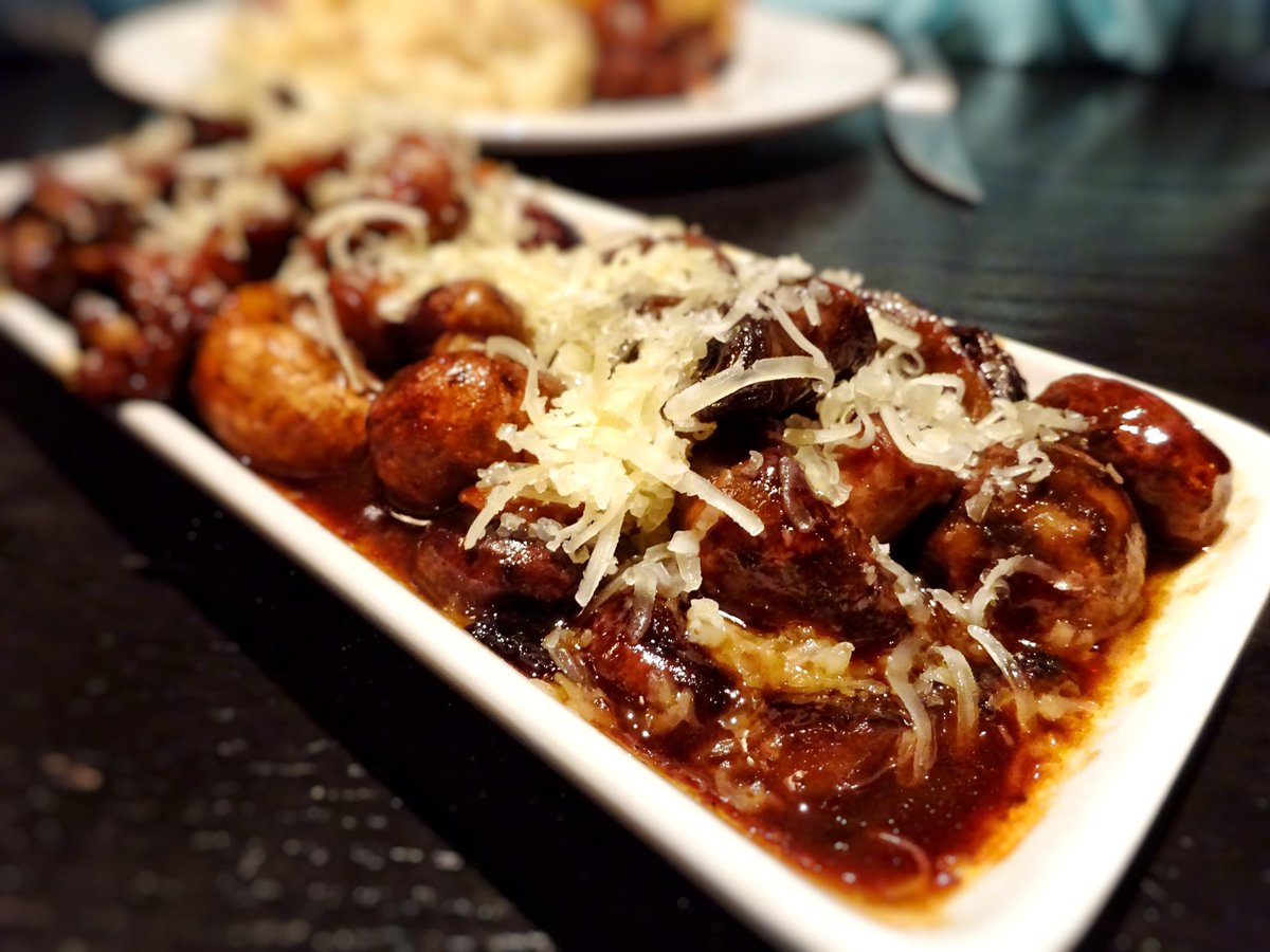 Twitter post: RT @aj_alzuhari: Braised mushrooms topped w/ Asiago @TheKeg.…Read more. Opens full post in an overlay