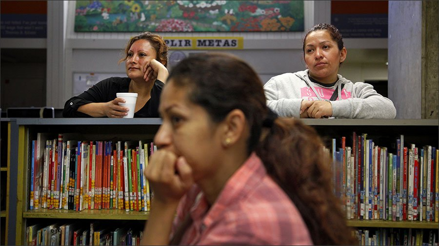 San Jose schools leverage parents to boost English-learner literacy. https://t.co/zx9llgi55F #ell #ellchat https://t.co/maEr64NflC