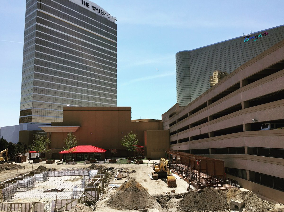 Borgata on twitter getting excited for the summer and for Borgata outdoor pool