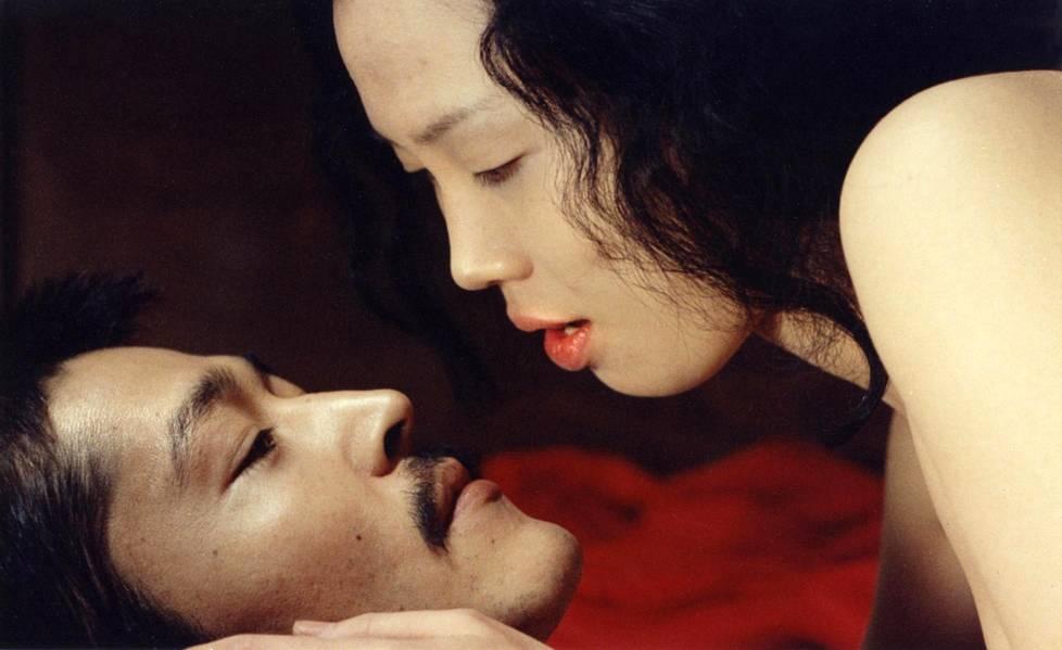 Japanilainen Gangbang seksi putki