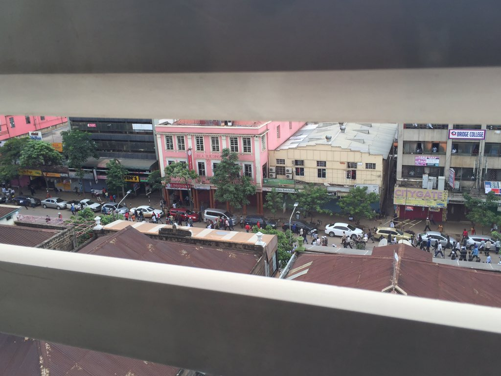CORD, contain your supporters! From office window just witnessed an attempted robbery as they protest! @RailaOdinga https://t.co/mM3RyN3MOl