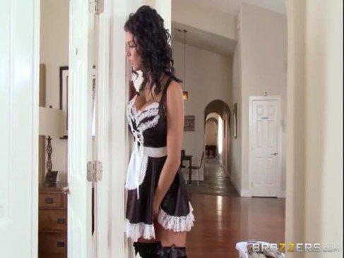 Juegos mays maids sex