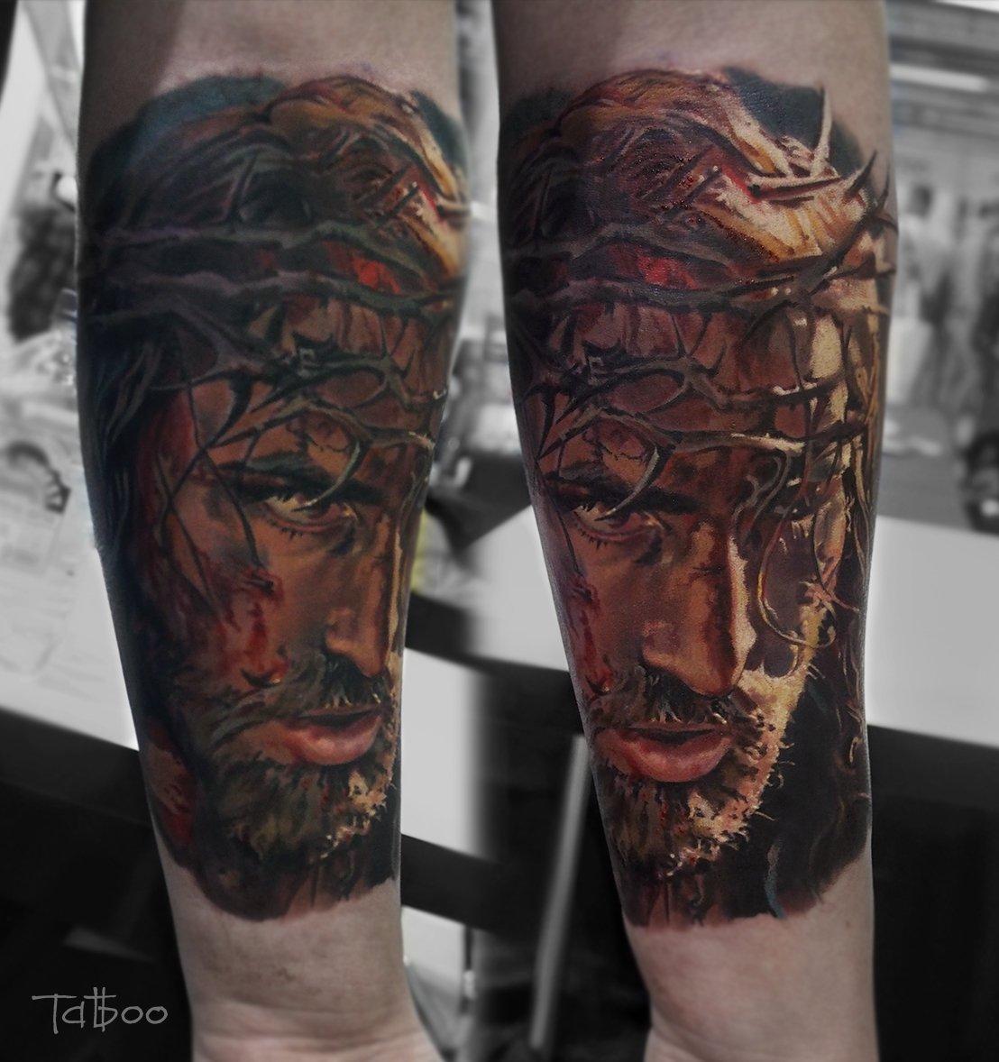 CiBJtHbXEAAVK7A - Tatuagens realistas da russa Valentina Ryabova