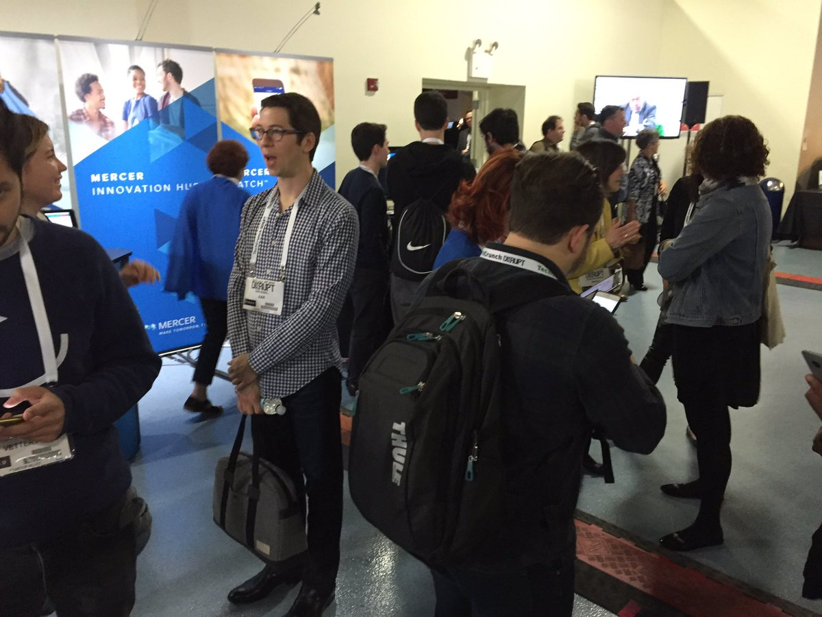 Soooo busy at the booth #TCDisrupt  bringing a killer audience. @mercerpeoplepro @mercerpeoplepro #superhr https://t.co/c42Sc70vsN