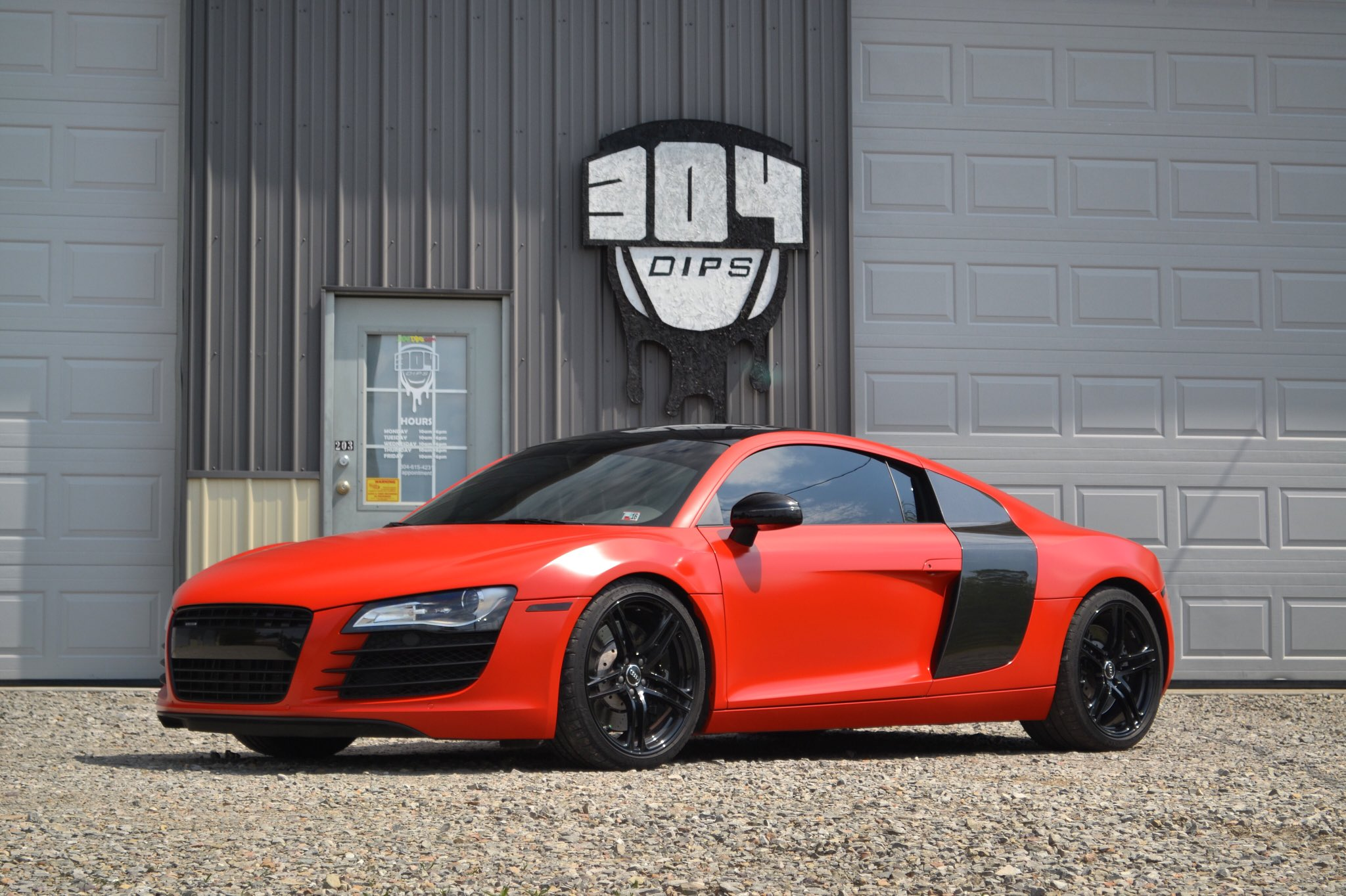 304 dips on twitter pure red matte autoflex audi r8 by 304 dips with gloss black roof mirrors. Black Bedroom Furniture Sets. Home Design Ideas